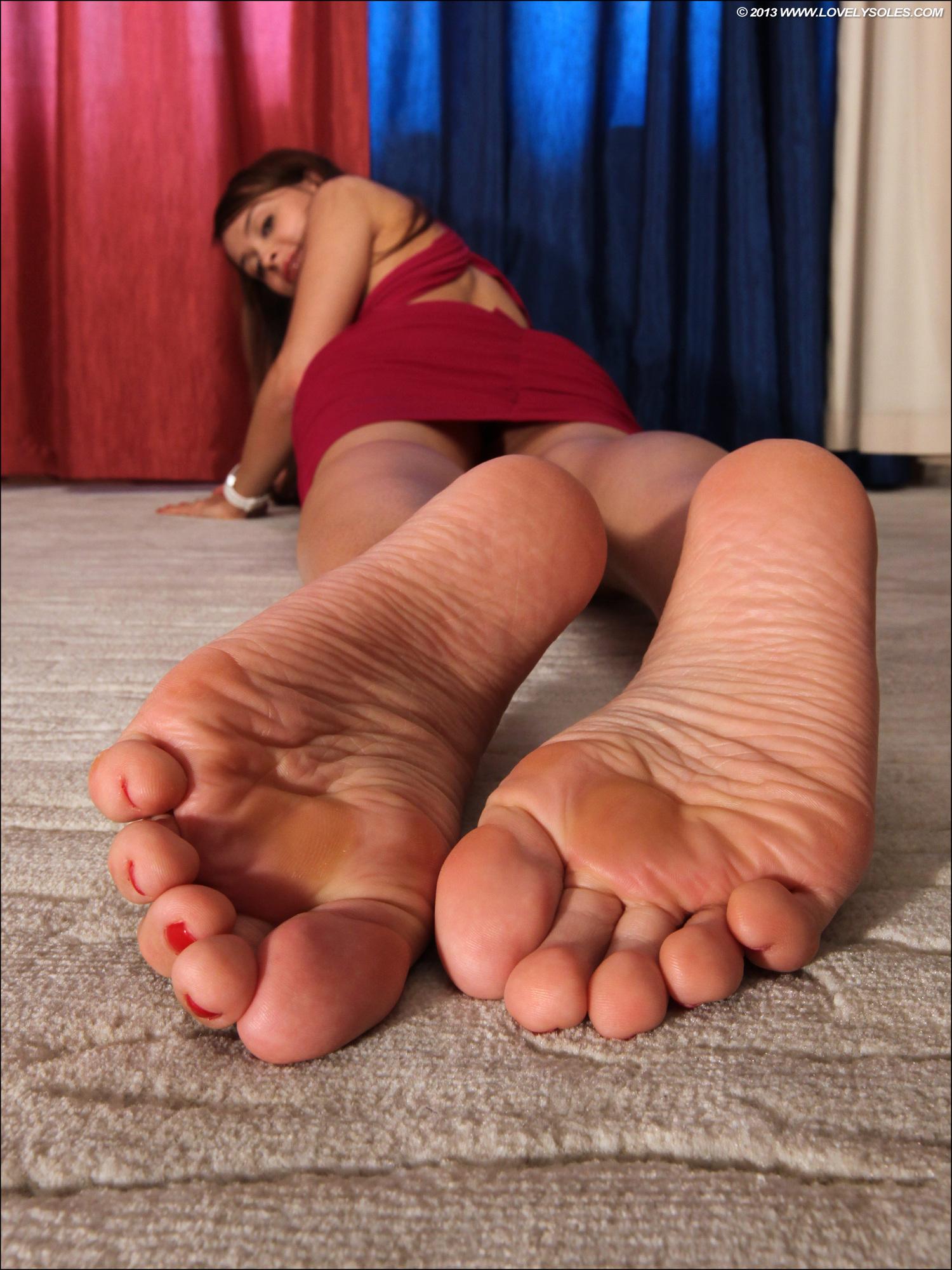 фото женщин из полными икрами ног фут фетиш фут фетиш были